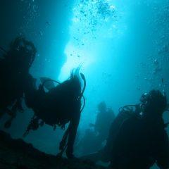 沖縄ダイビング旅行 pert3 真栄田 青の洞窟
