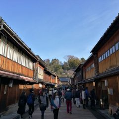 北陸新幹線のグランクラスに乗って金沢に温泉旅行に行ってきた